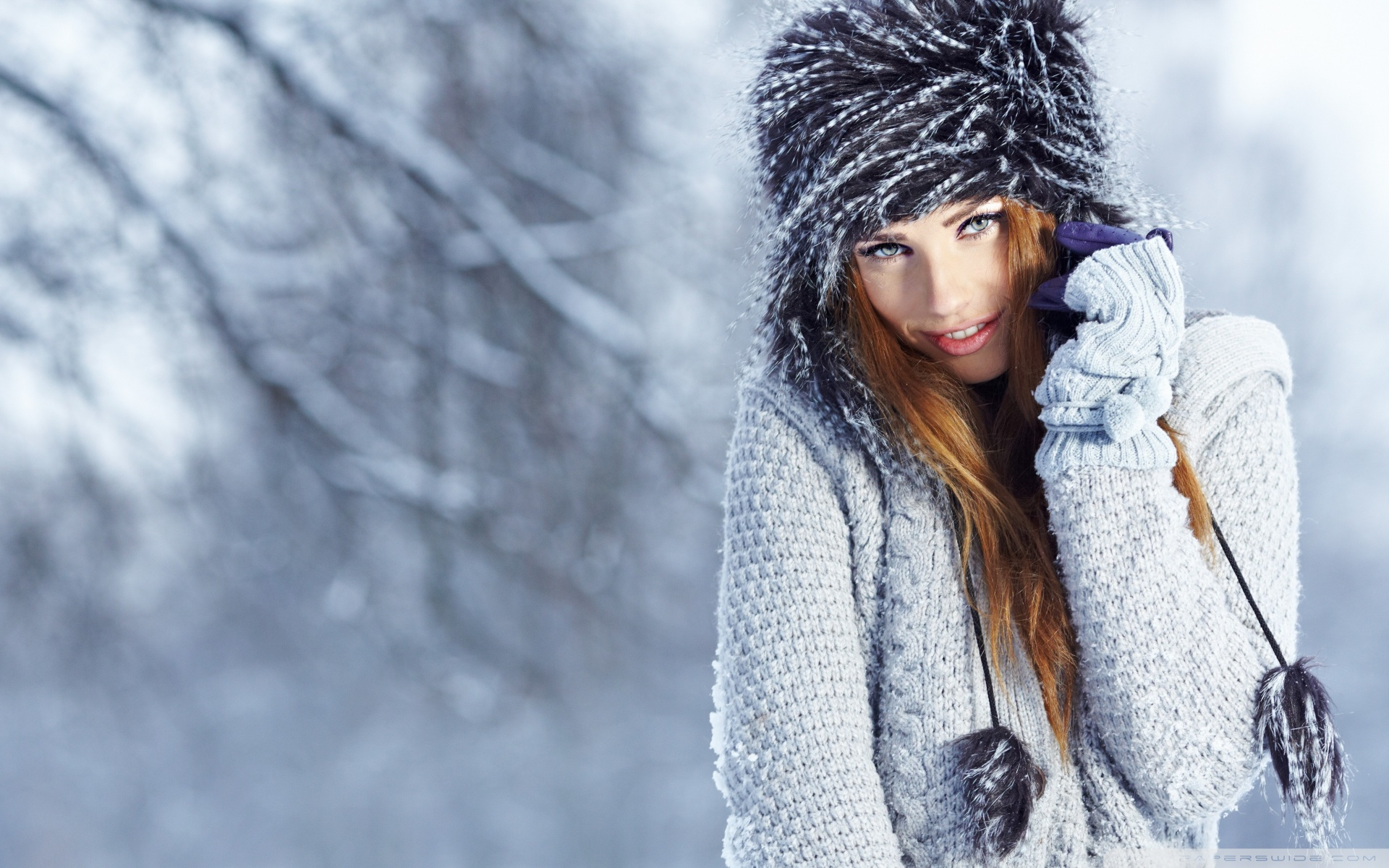winter_girl_portrait-wallpaper-1920x1200